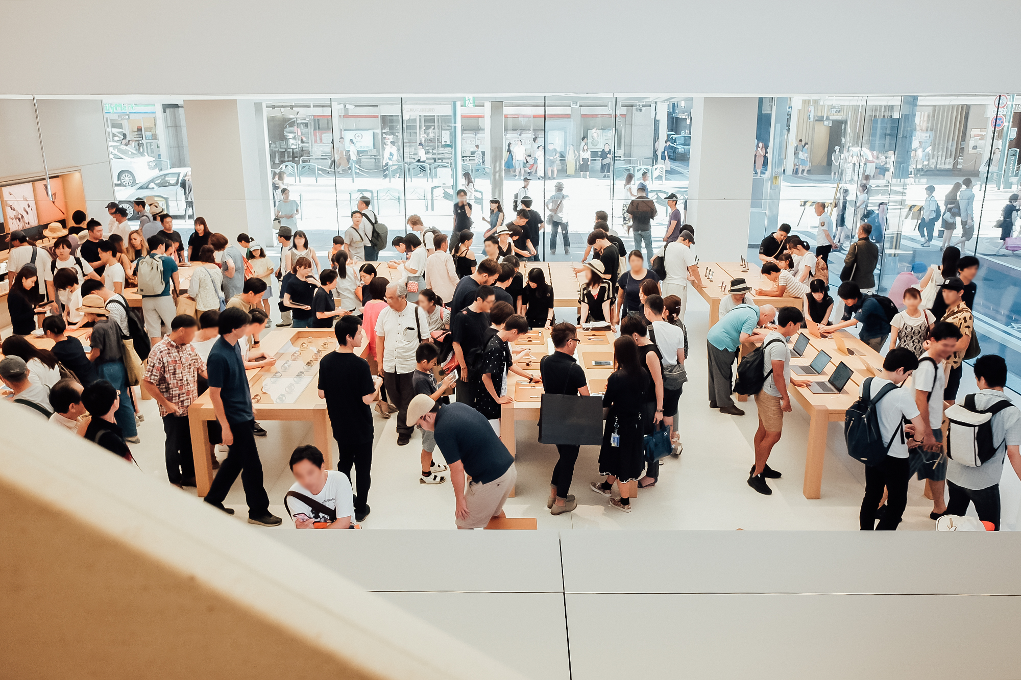 apple京都 1階