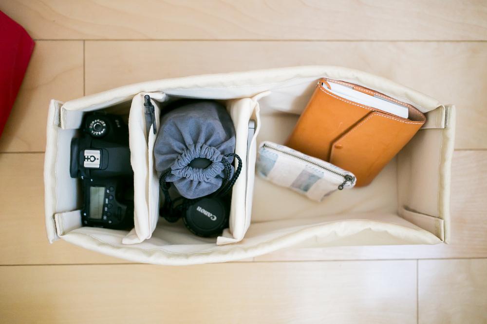 カジュアルなカメラバッグ nadowaのCampagne