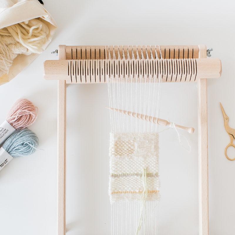 織り機イネスでミニタペストリー